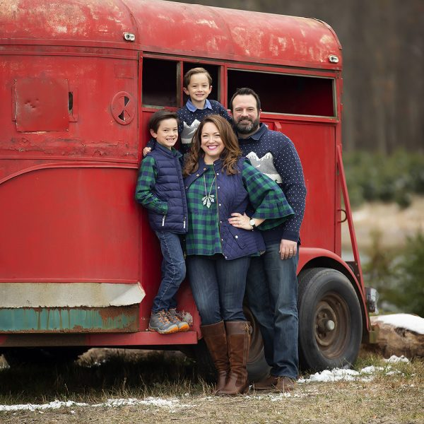 2020 Christmas Mini Sessions are Now Booking!